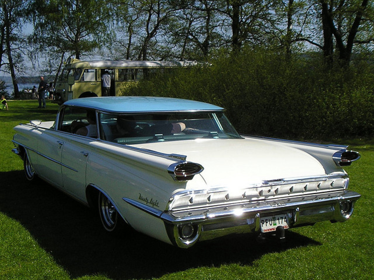 1959 Oldsmobile 98 | Flickr - Photo Sharing!