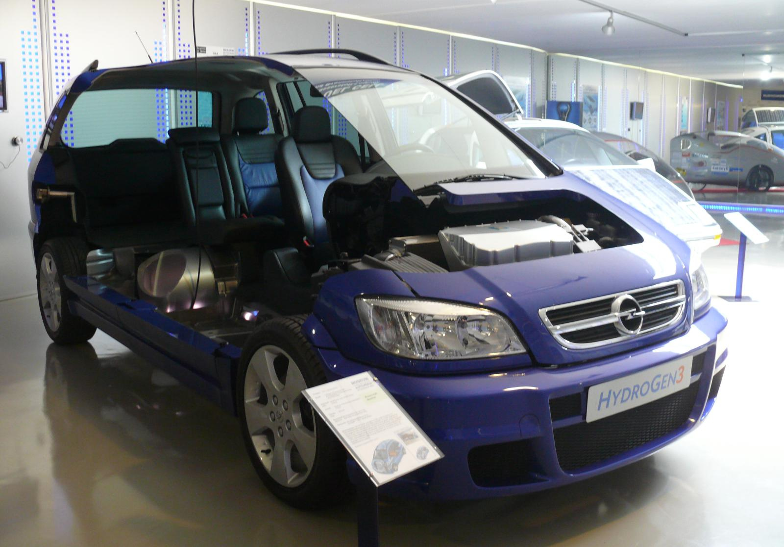 Opel Zafira 2004 Hydrogen 3 Cut-Out blue vr | Flickr - Photo Sharing!