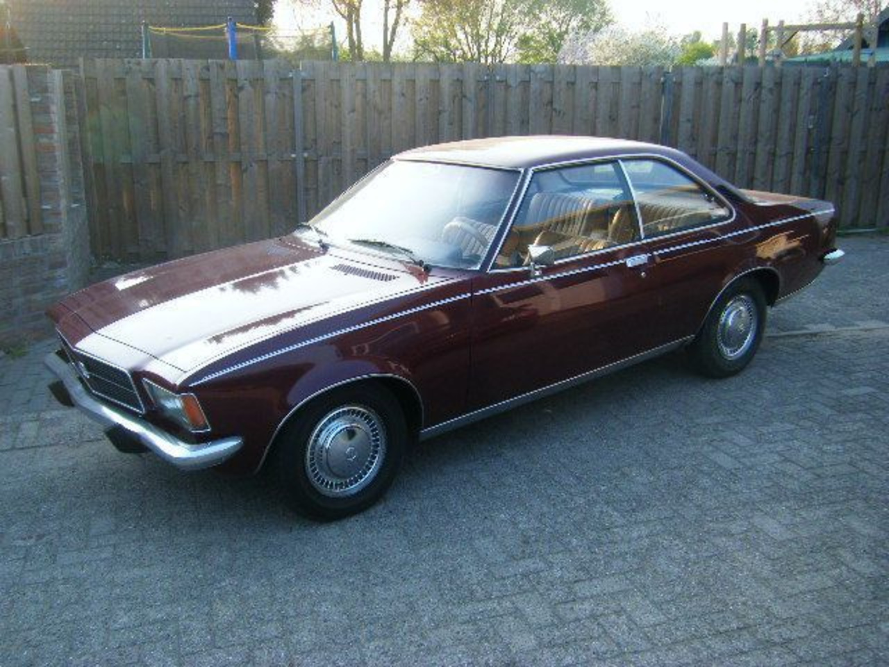 1975 Opel Rekord - 1700 COUPE | Flickr - Photo Sharing!