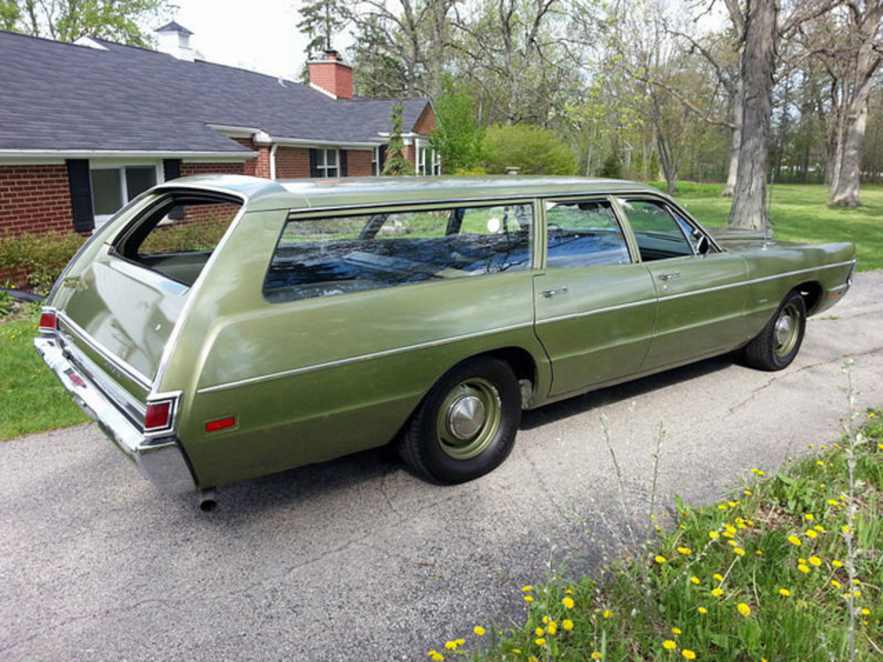 Nissan Montclair TopWorldAuto >> Photos of Plymouth Fury Sport Suburban ...