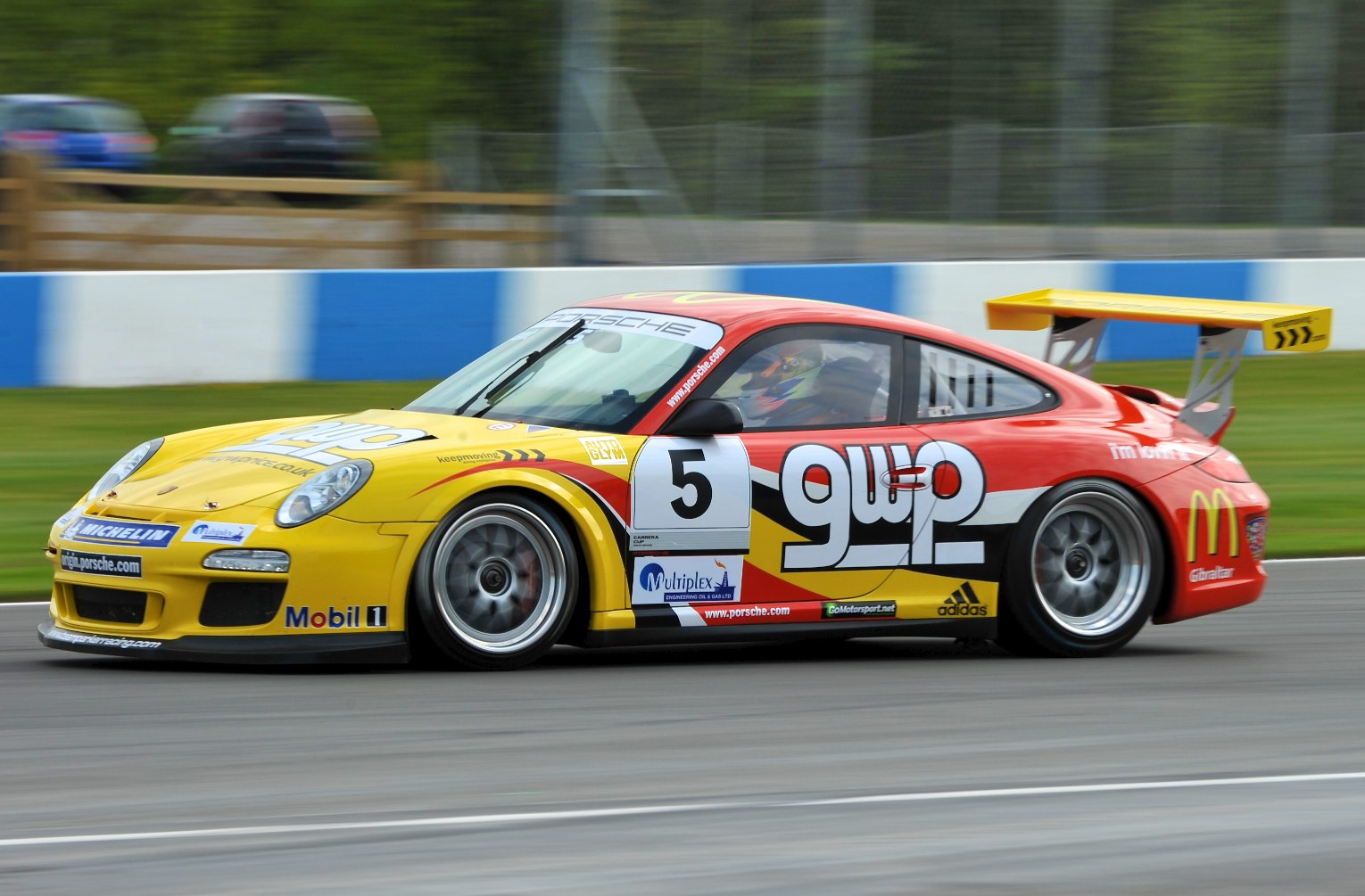 BTCC-Donington Park 2011-Porsche carrera cup GB-Team Parker racing ...