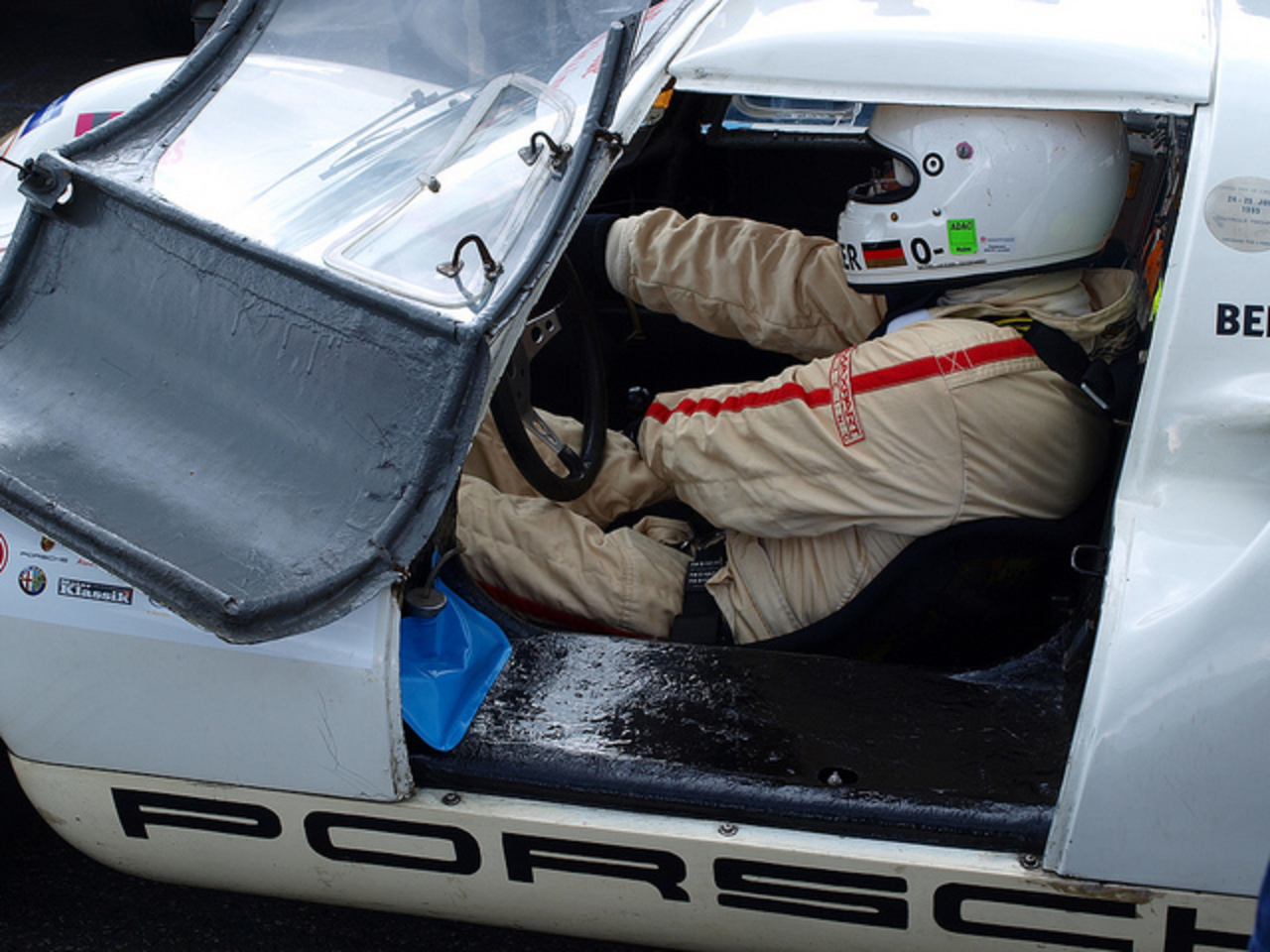 Porsche 910 = tubes & glue | Flickr - Photo Sharing!