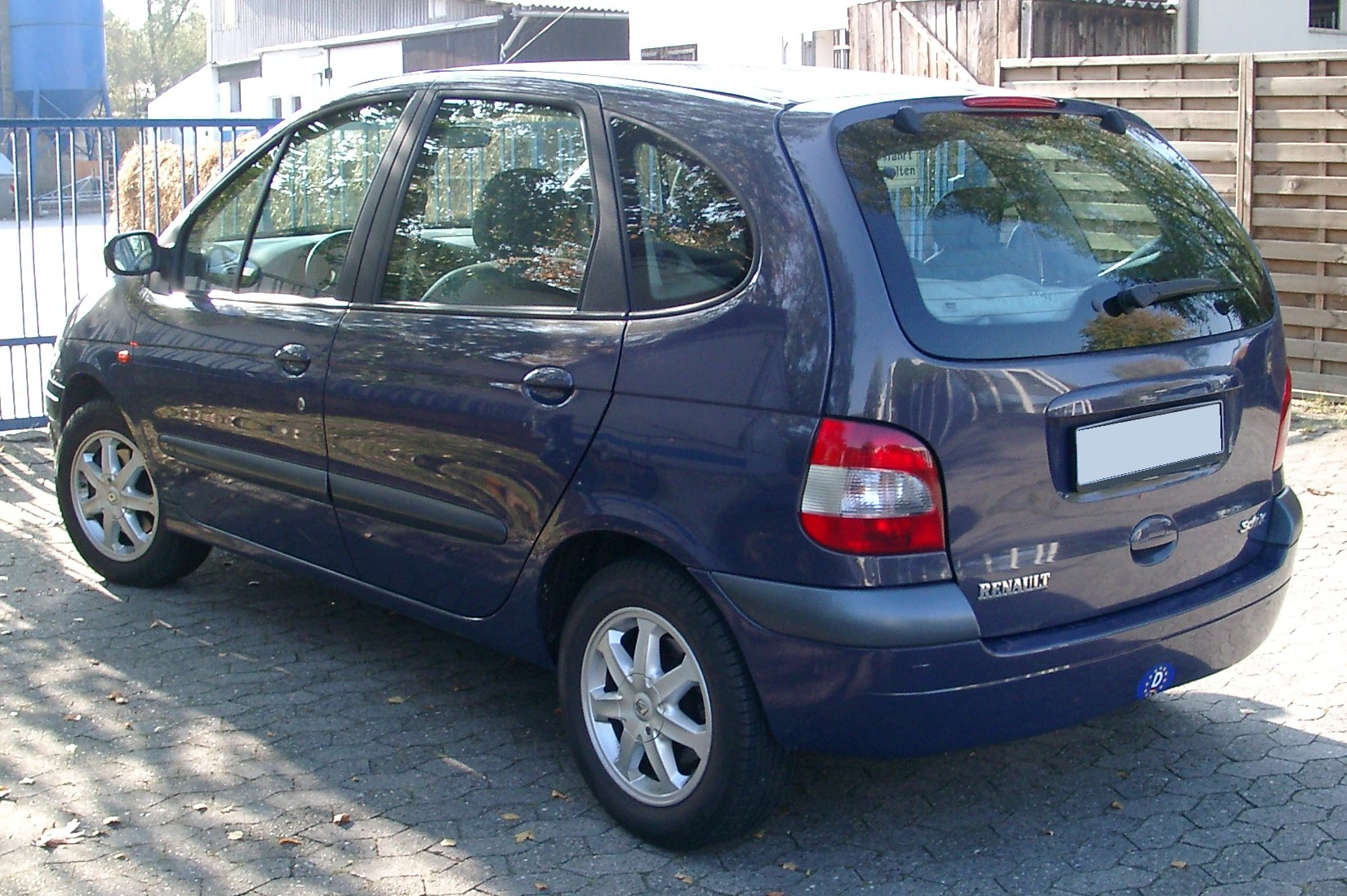 File:Renault Scenic rear 20071015.jpg - Wikimedia Commons
