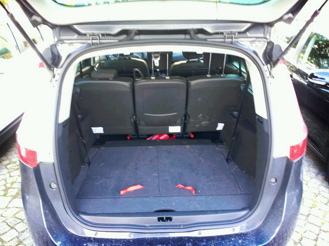 Renault Scenic Trunk | Flickr - Photo Sharing!