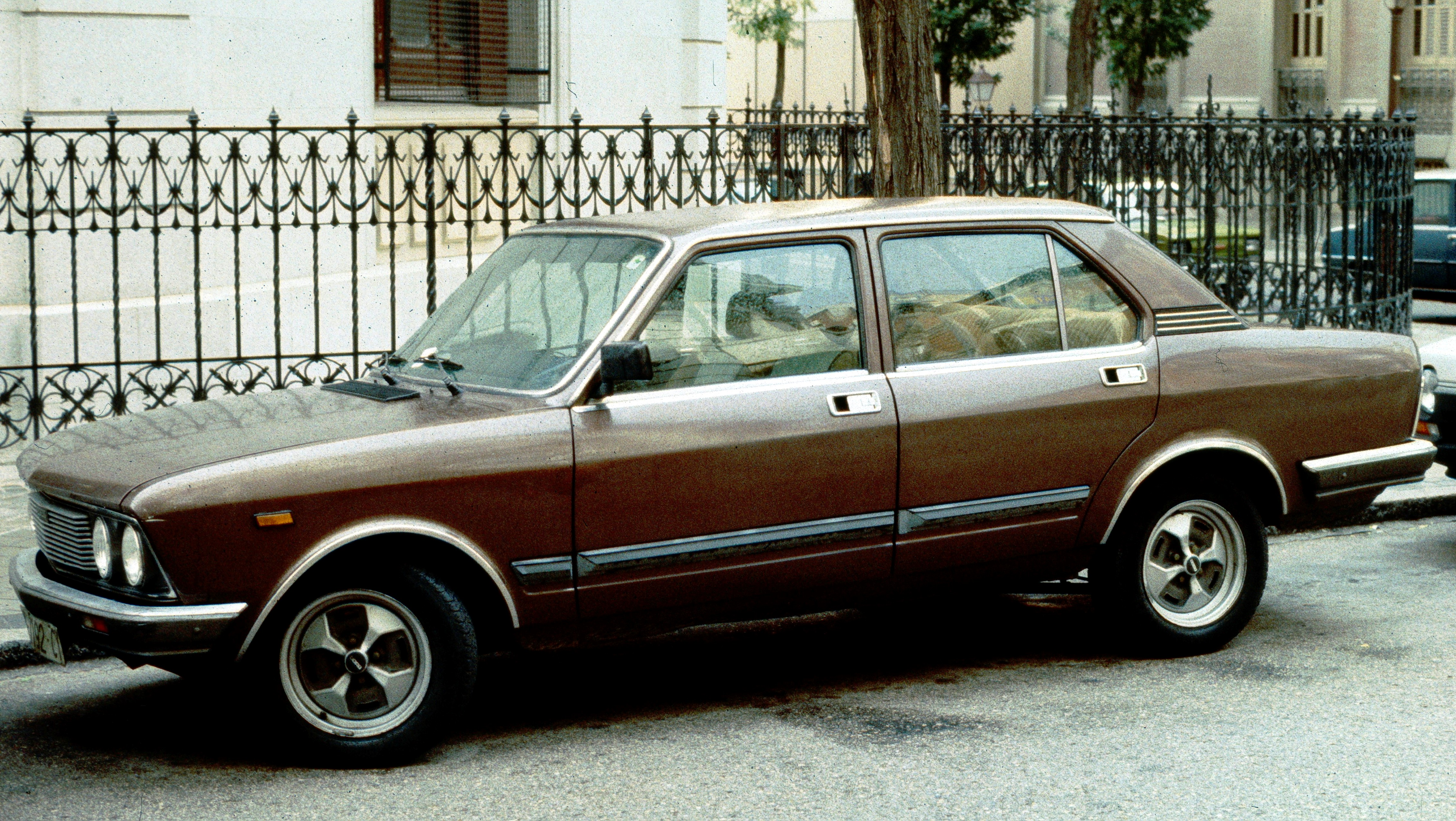 Seat 132: Photo gallery, complete information about model ...