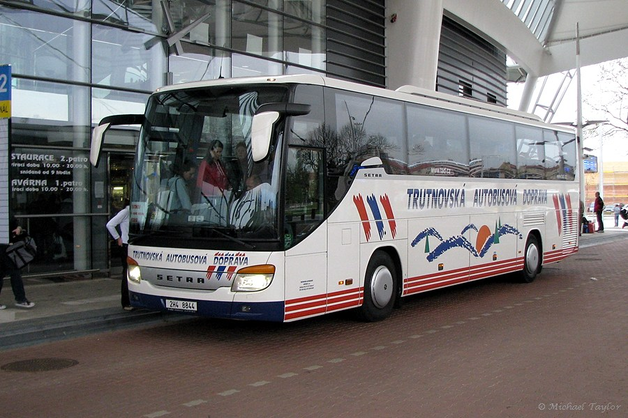 TAD Setra S415 GT-HD at Hradec Kralove bus station