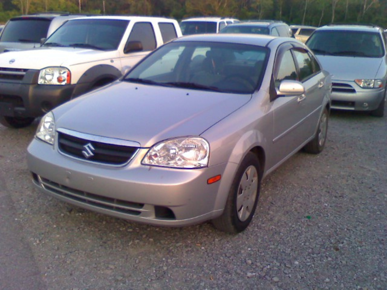 North American market Suzuki Forenza (or Chevy Lacetti for you Top ...