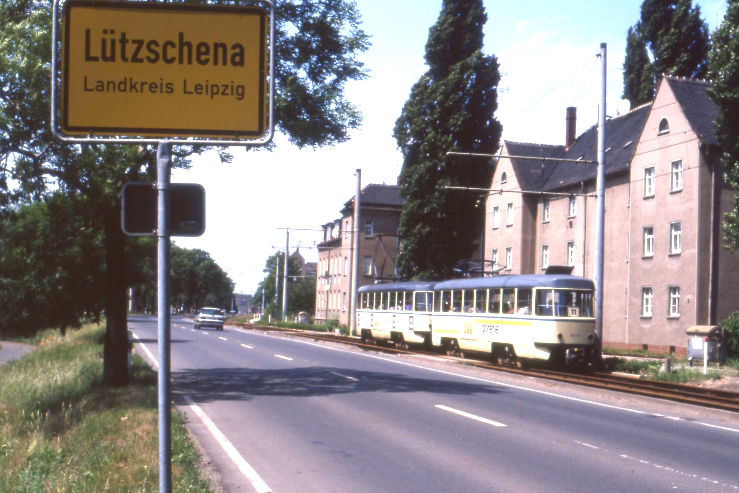 Leipzig Lützschene. Tatra tram, June 1993 | Flickr - Photo Sharing!