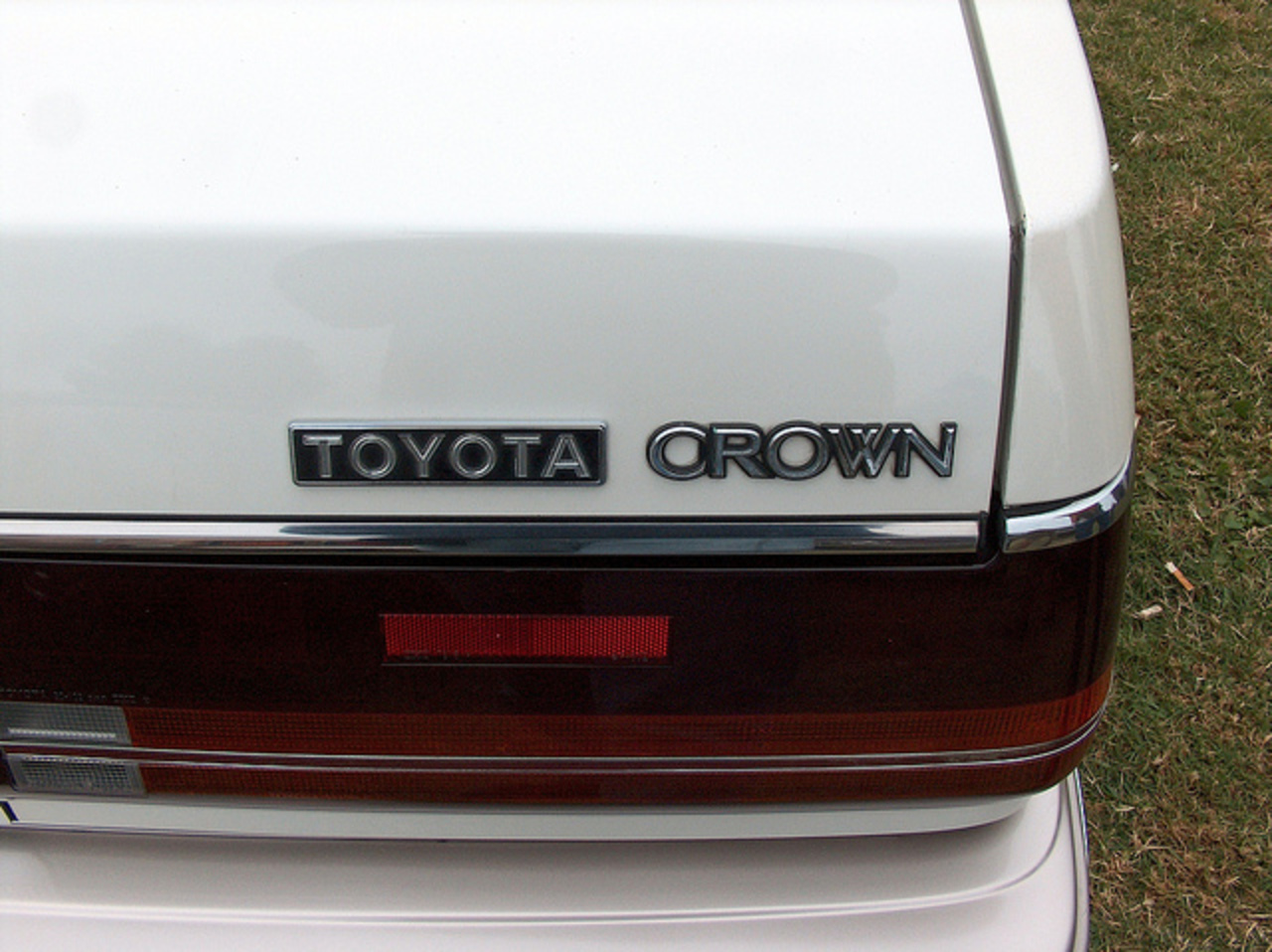 1986 Toyota Crown Royal Saloon badge | Flickr - Photo Sharing!