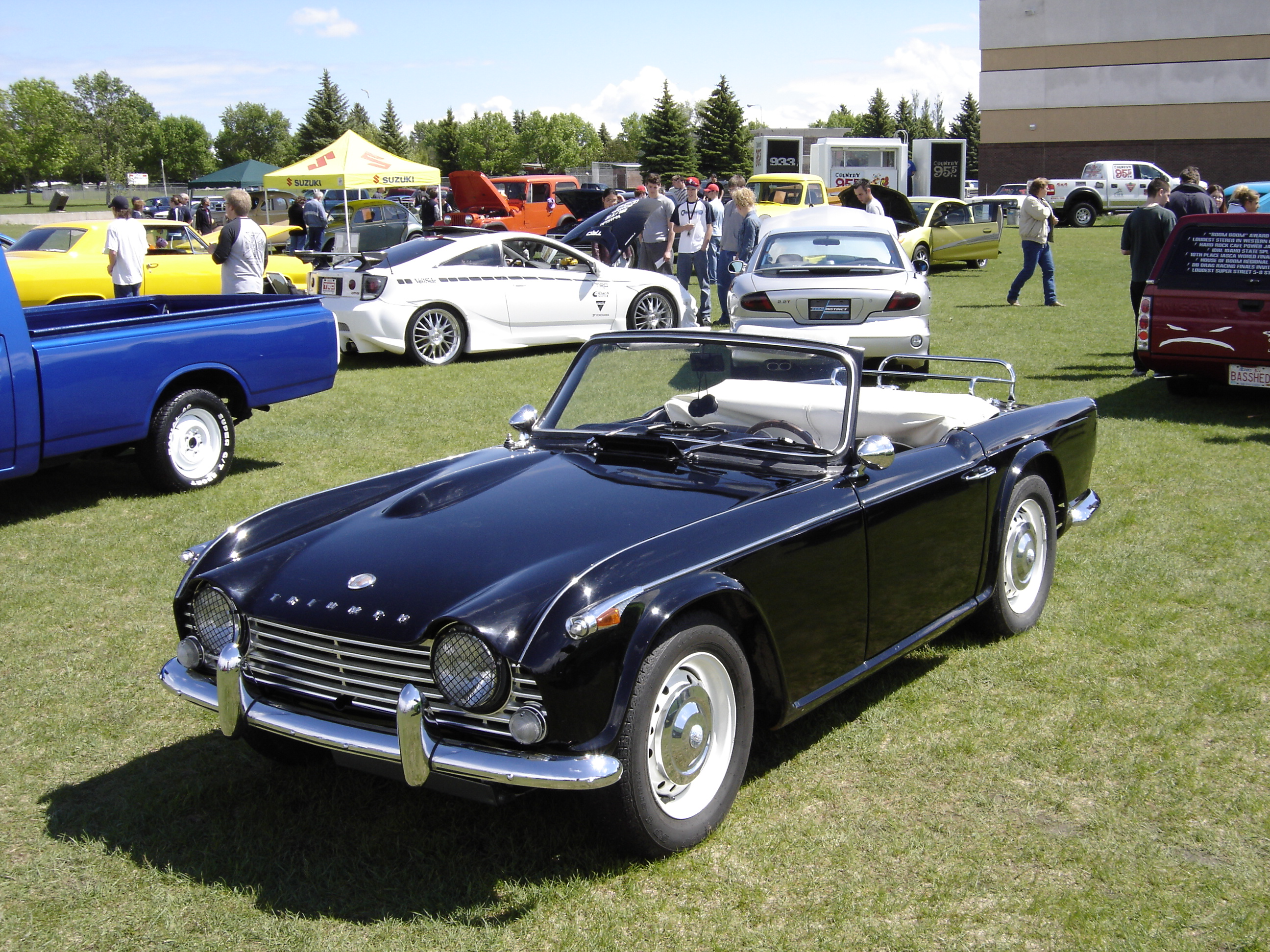 The Triumph TR4A by ~SatelliteSeabring on deviantART