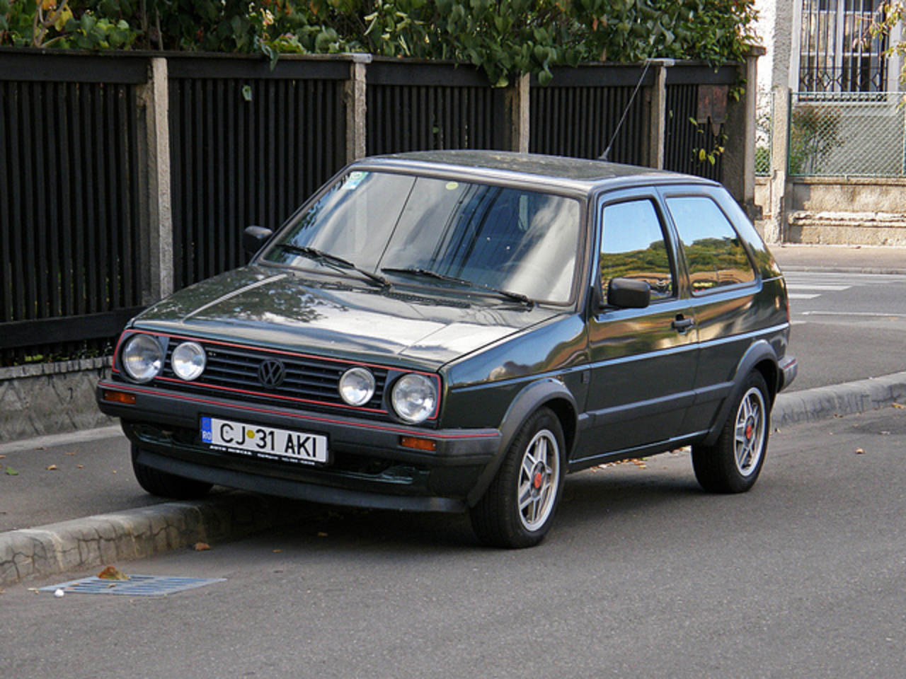 topworldauto photos of volkswagen golf 2 gti photo. Black Bedroom Furniture Sets. Home Design Ideas