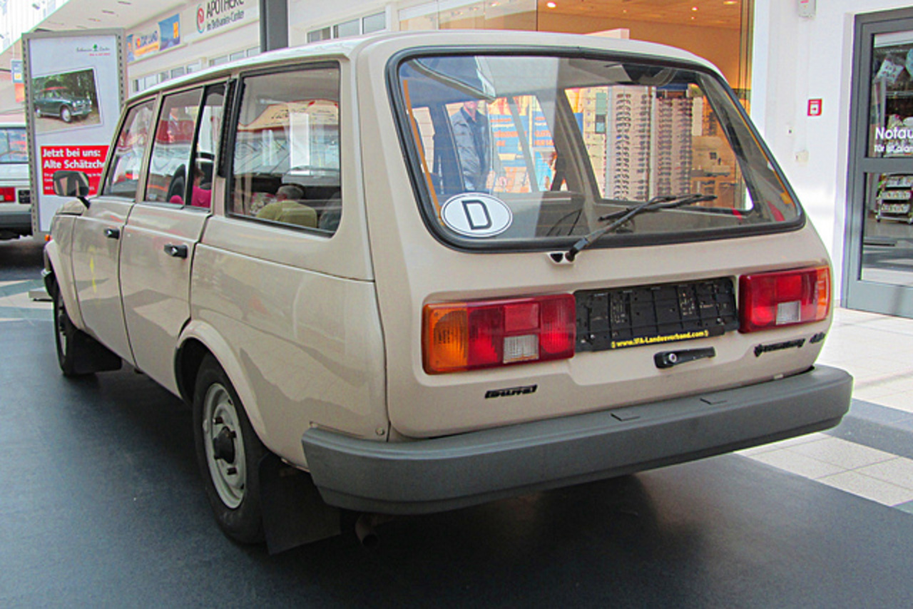 Wartburg 1.3 Tourist Kombi | Flickr - Photo Sharing!