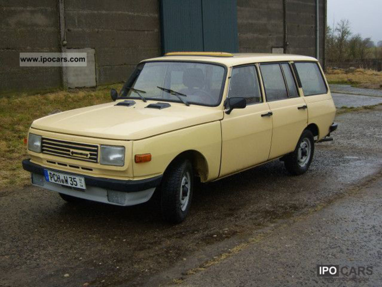 1986 Wartburg 353 - Car Photo and Specs