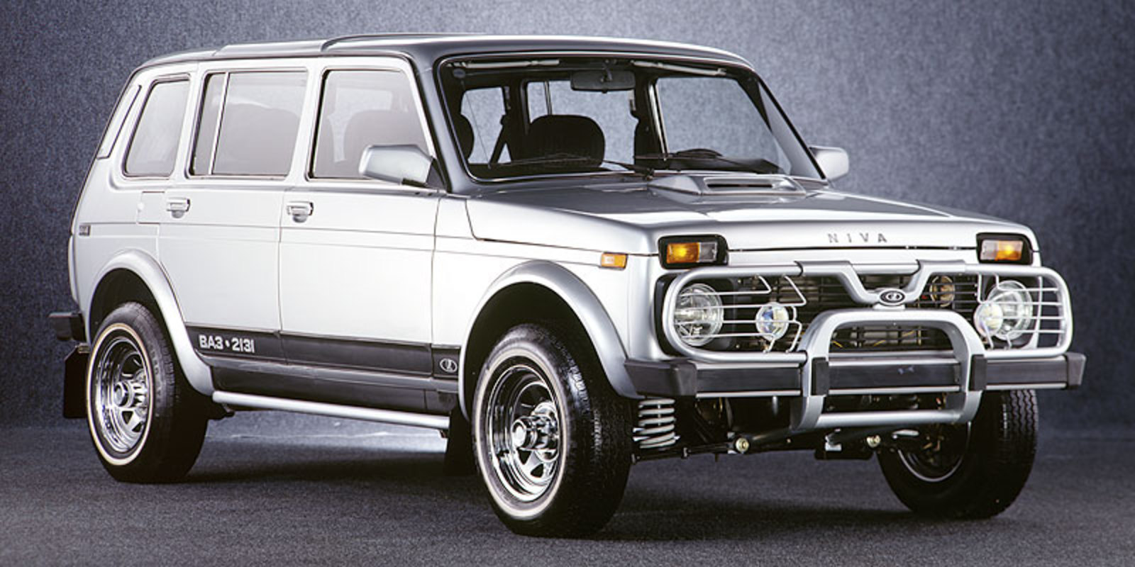 Lada Niva circa 1994. The original 1977 Niva was equipped with a carbureted