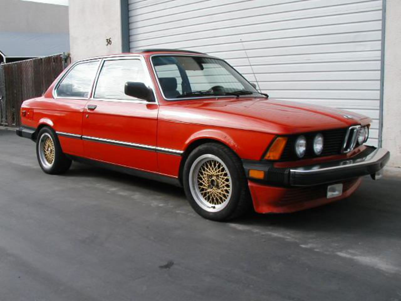 1982 BMW 320is
