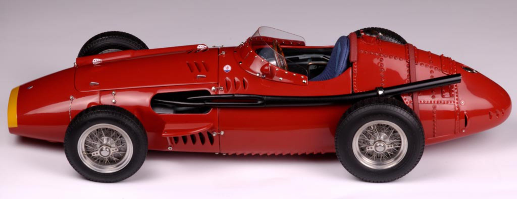 File:CMC Maserati 250 F.jpg. Size of this preview: 800 × 309 pixels.