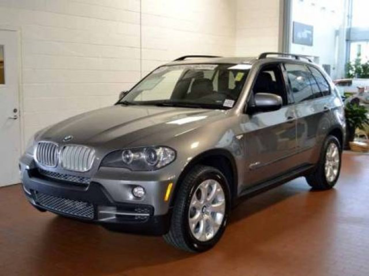 2010 BMW X5 48i Space Gray Metallic. showing 1 of 15