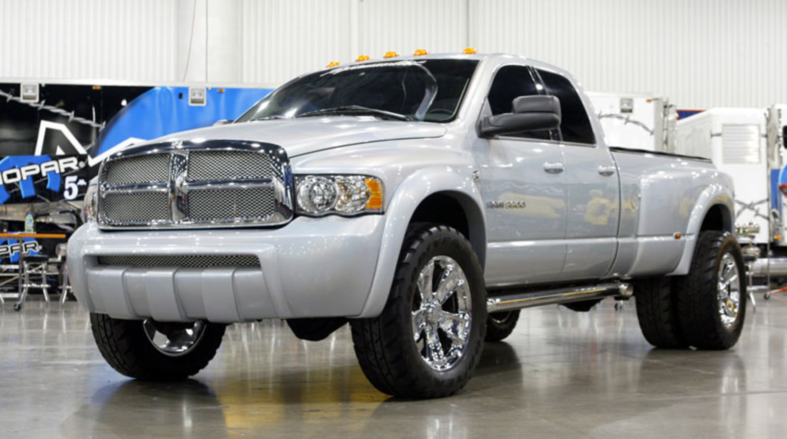 Dodge Ram 3500 - huge collection of cars, auto news and reviews, car vitals,