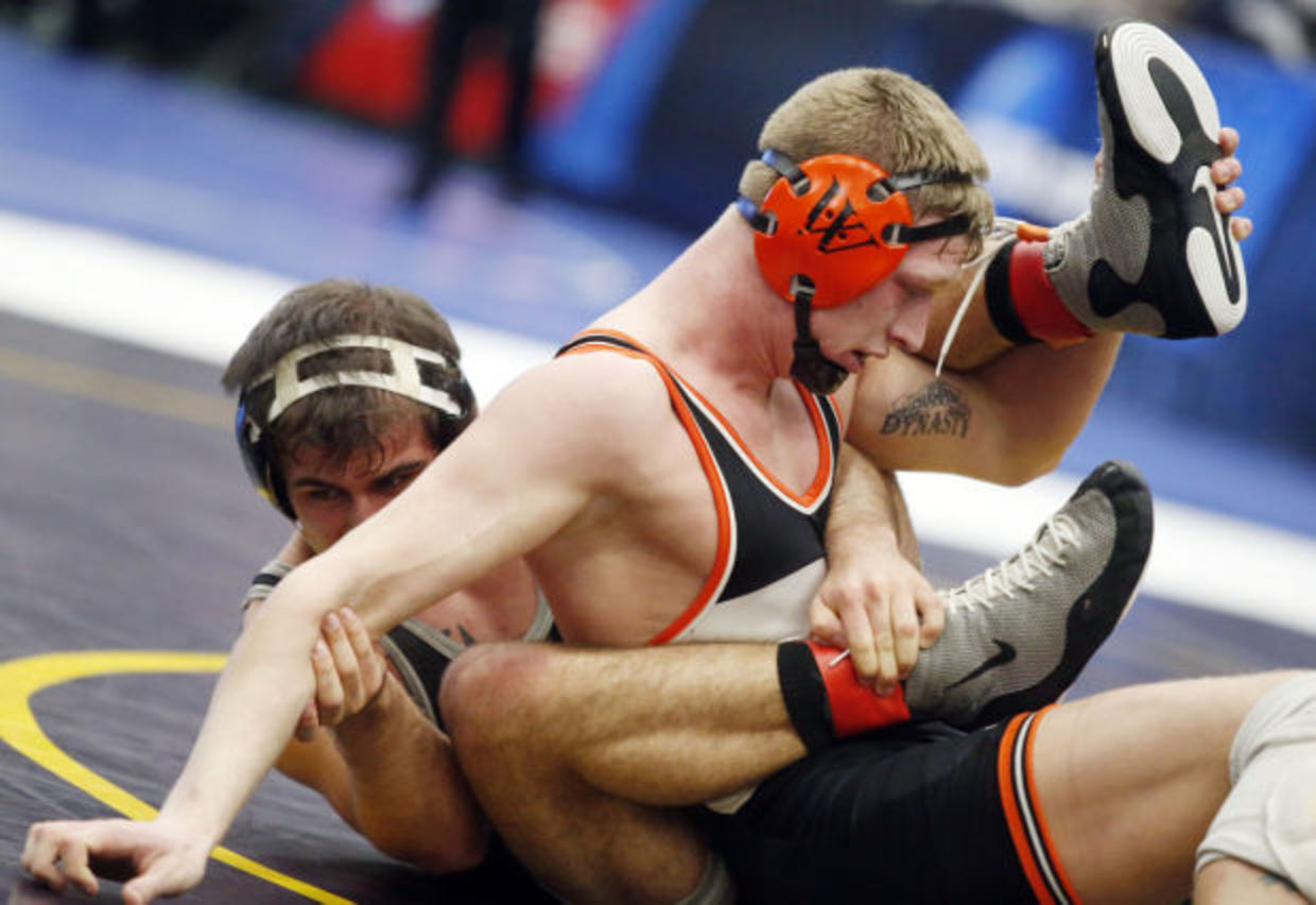 Photos: D3 Wrestling Friday, Mar. 15, 2013