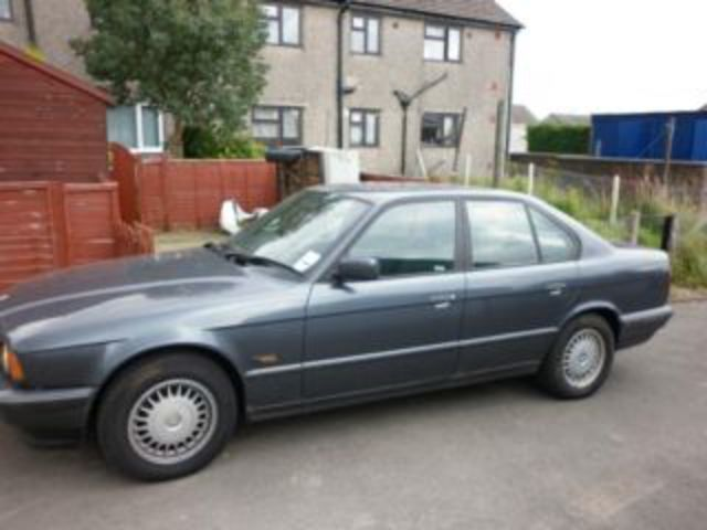 For sale, BMW 525TD. Picture 2