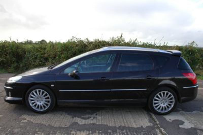 Peugeot 407 SW Review. Published: 10th October 2007. Peugeot 407 SW Side