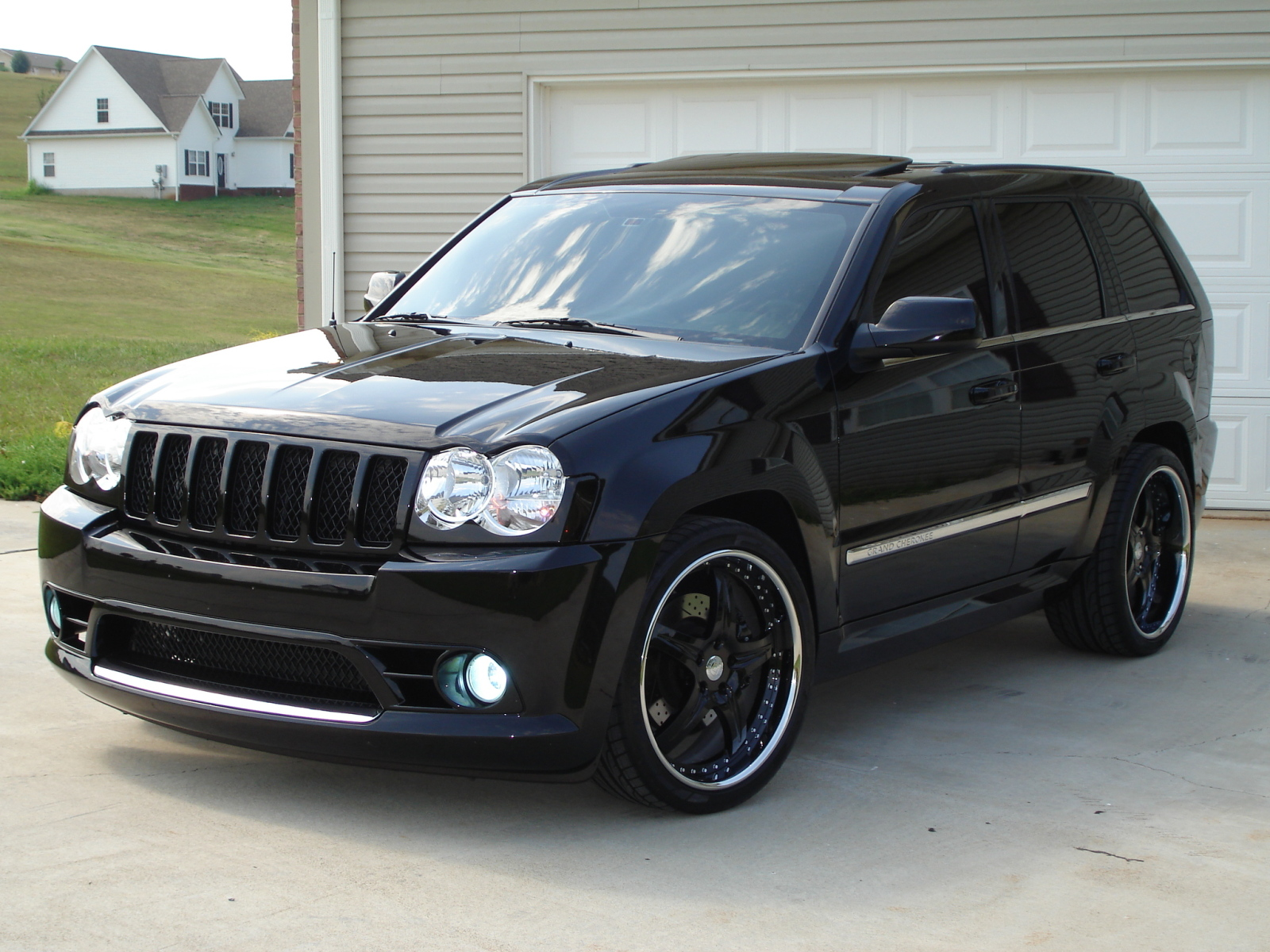 2010 Jeep Grand Cherokee SRT8, 2010 Jeep Grand Cherokee SRT-8 picture,