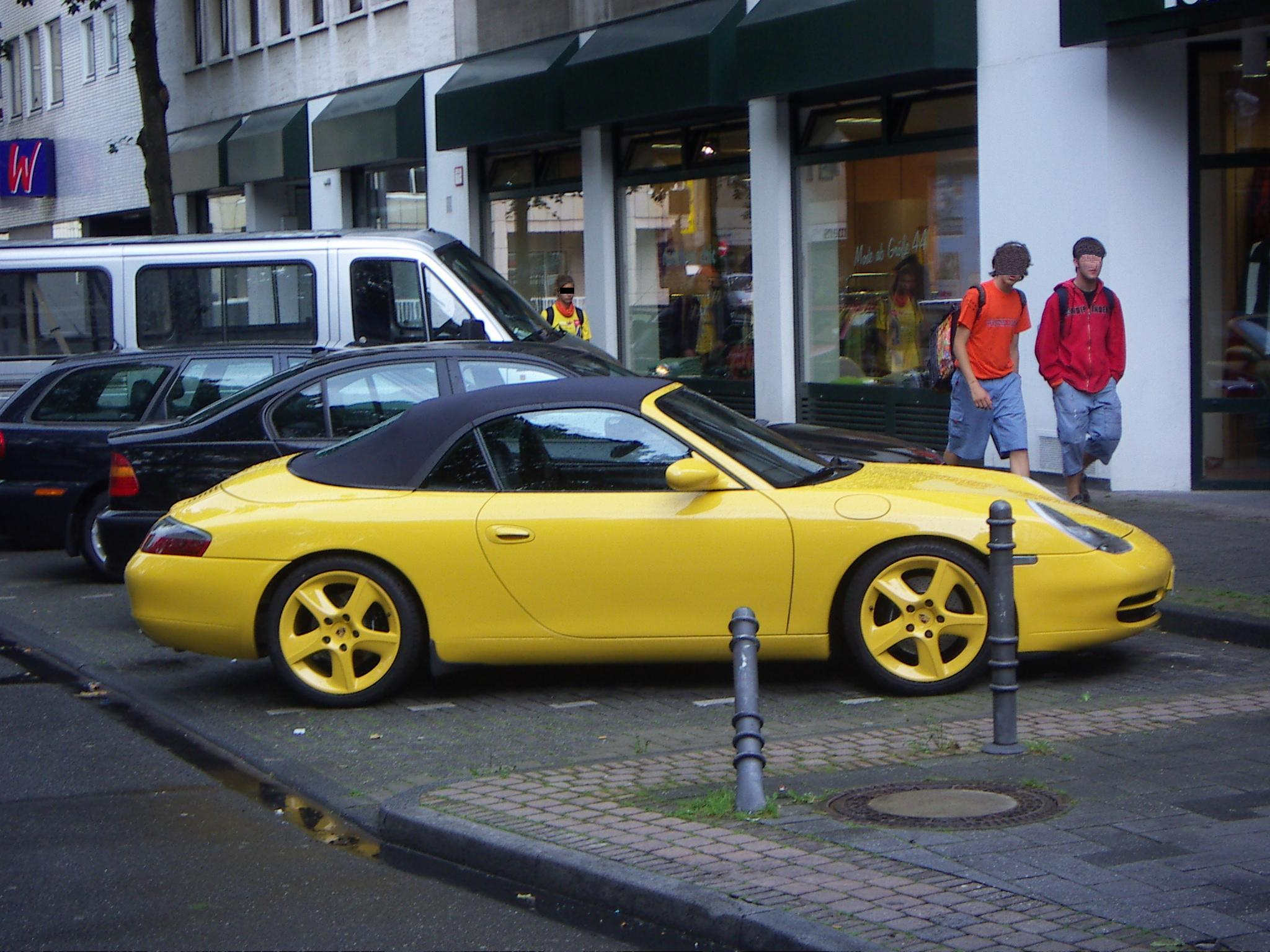 File:Yellow Porsche 911 Carrera Cabriolet Type 996.jpg