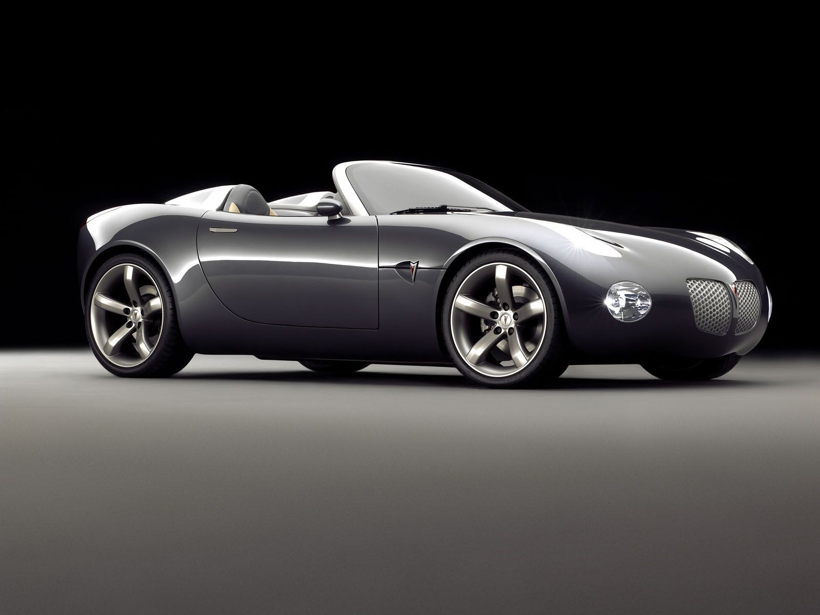 You can vote for this Pontiac Solstice photo