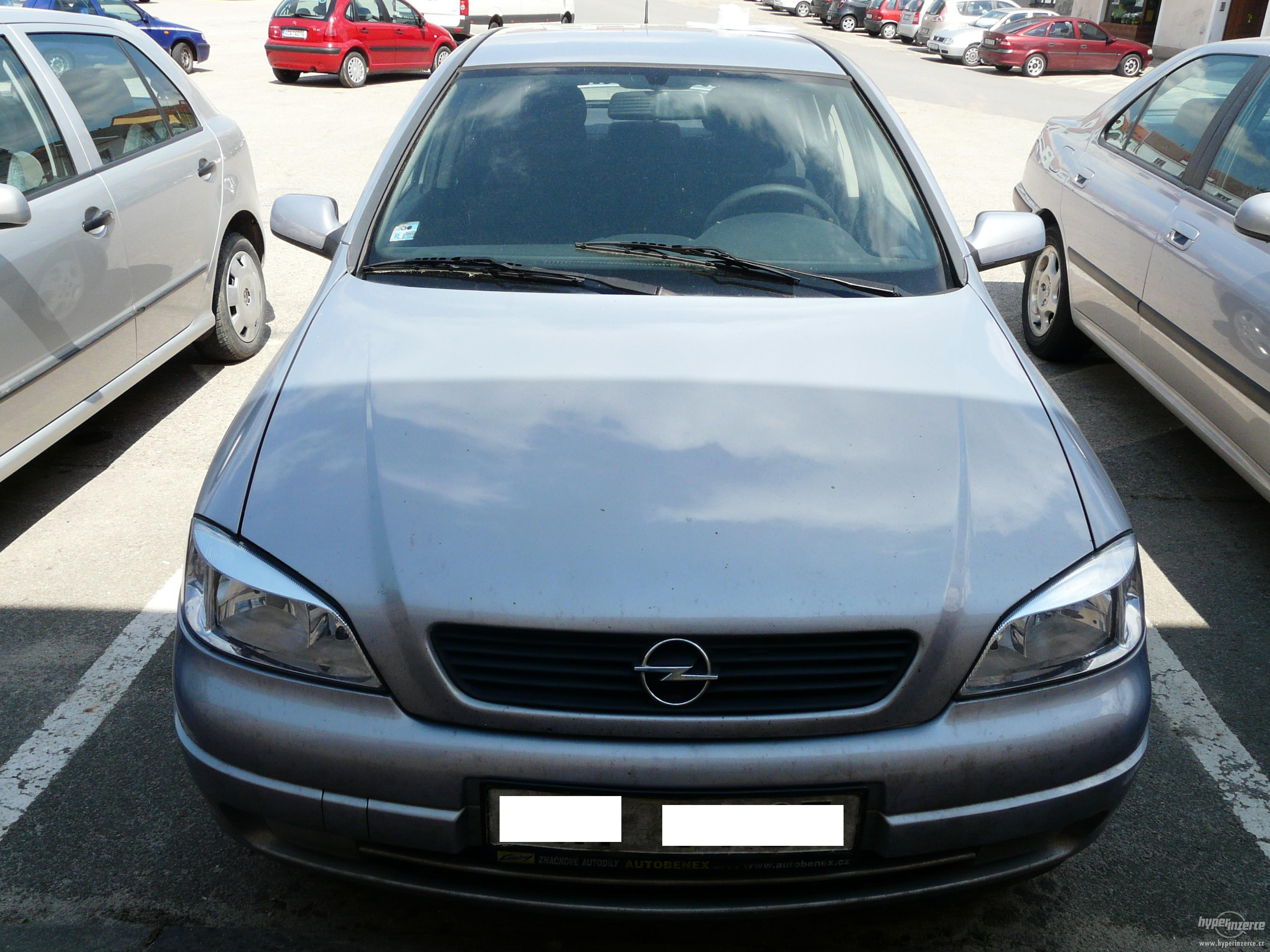 Opel Astra 16 Hb: 01 photo