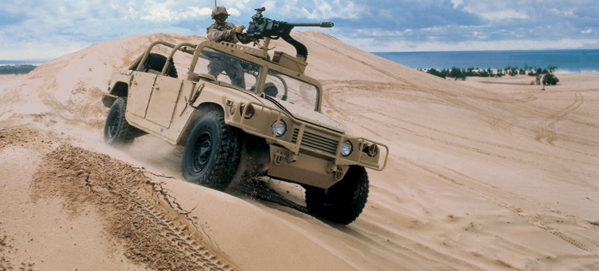 HMMWV (Humvee) | AM General LLC - Mobility solutions for the 21st ...