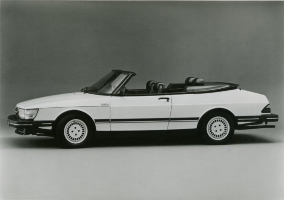 SAAB 900 cabrio. View Download Wallpaper. 600x423. Comments