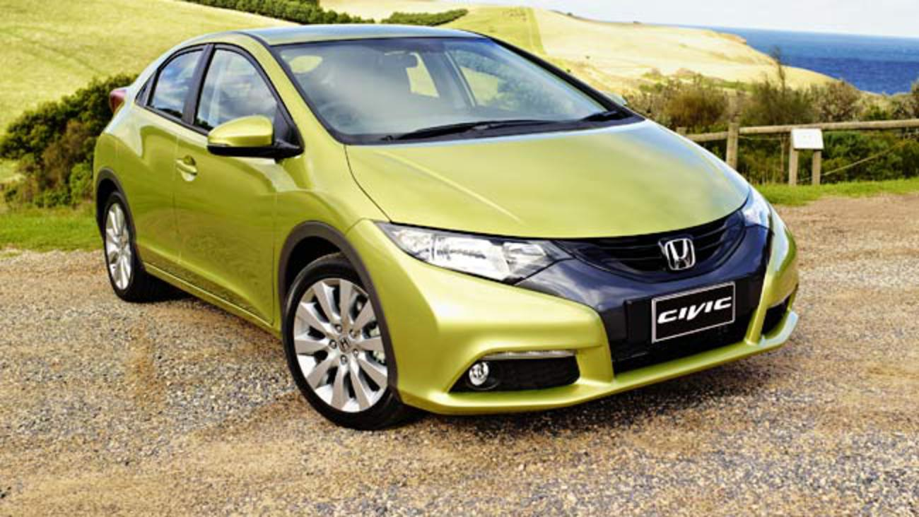 Chris Riley road tests and reviews the new Honda Civic hatch VTI-L auto and