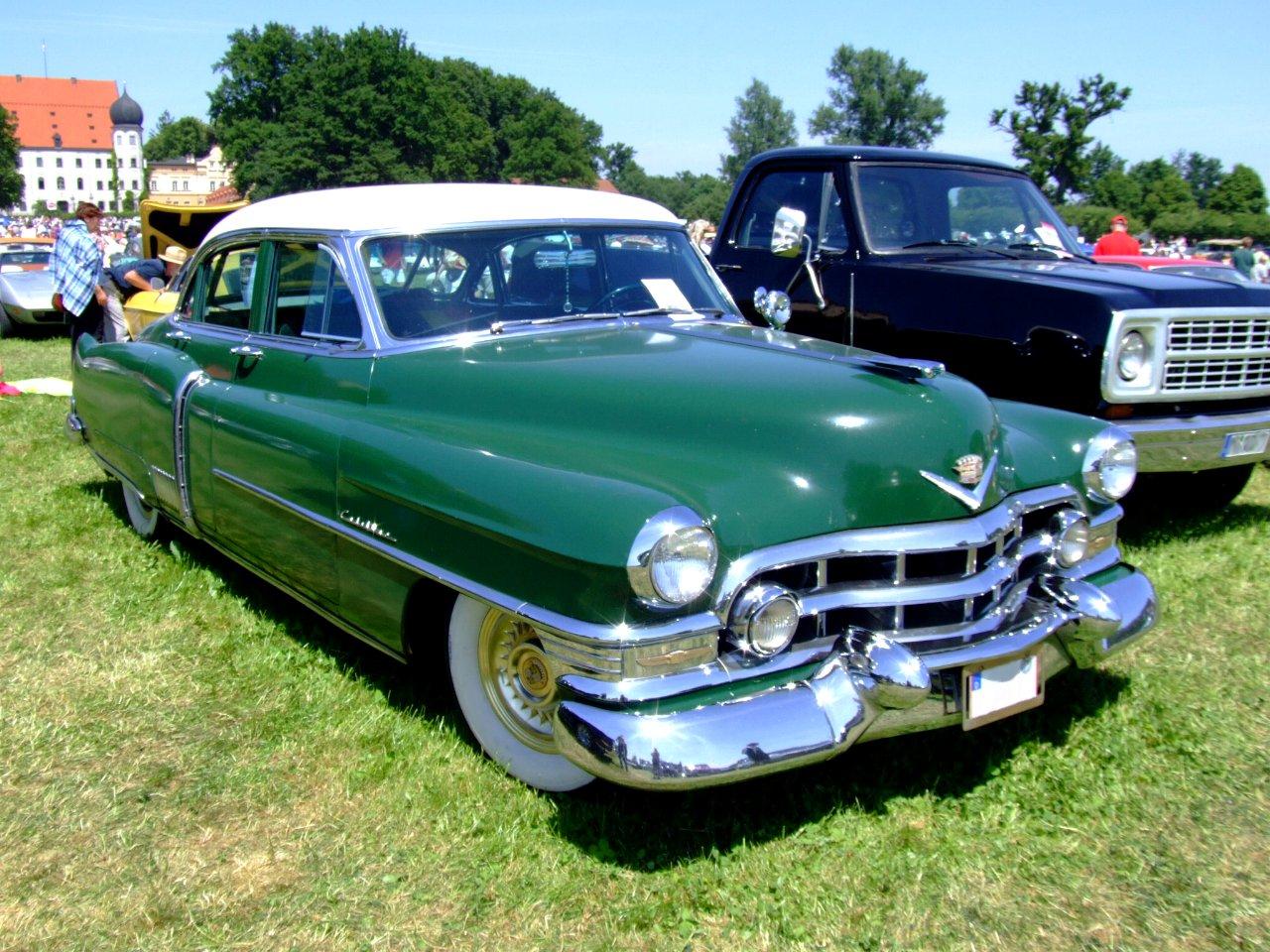 Topworldauto Photos Of Cadillac Fleetwood 60 Special Photo 1951 Sedan Classic Car Price Guide
