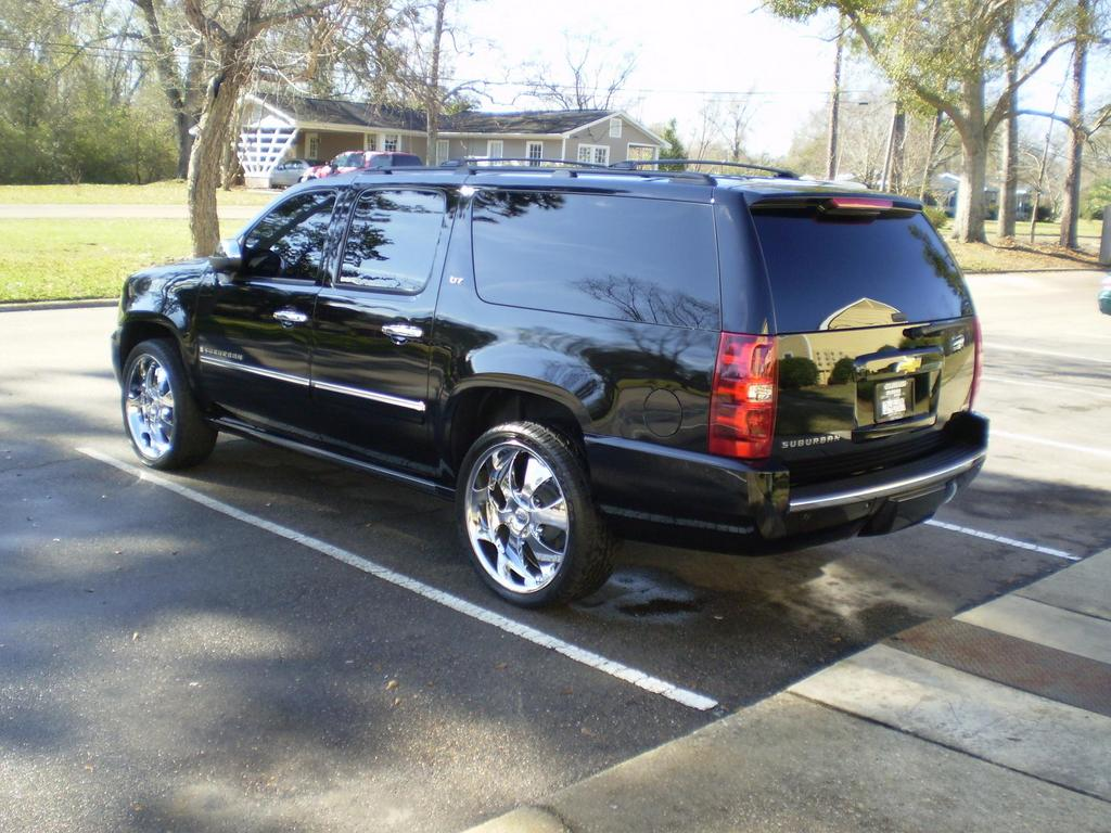 woofiessp's 2009 Chevrolet Suburban Back Dat Azz Up