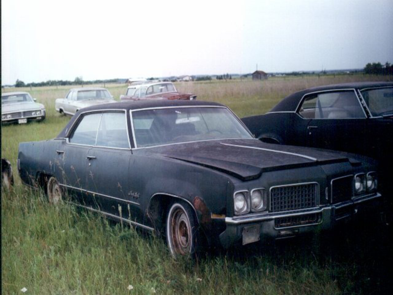 1970 Oldsmobile 98 4DR HT Ref#185 Parts. This car has an AT, PS, PW, P seats