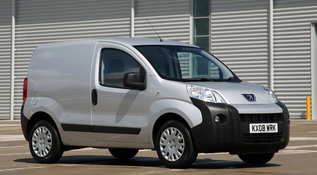 "Peugeot Bipper Voted ""International Van of The Year 2009"""