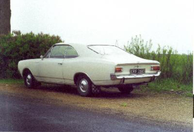 Send us more 1967 Opel Record Coupe pictures.