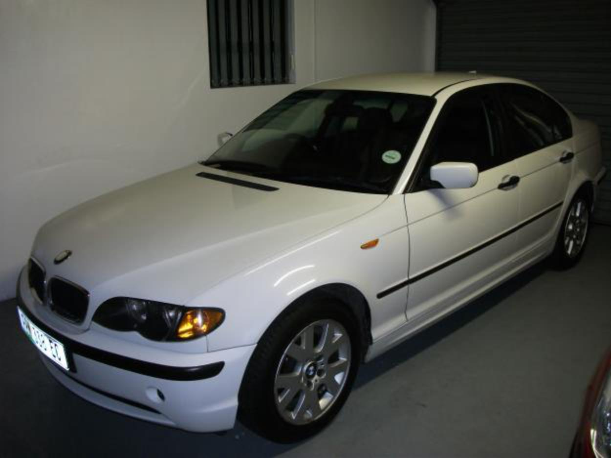 2002 BMW 318i AUTOMATIC - Summerstrand