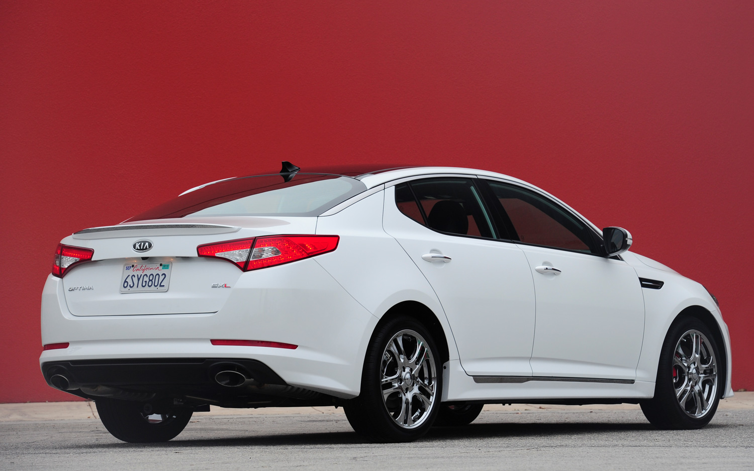 2012 Kia Optima rear three quarter Photo on June 4, 2012 #213535 ...