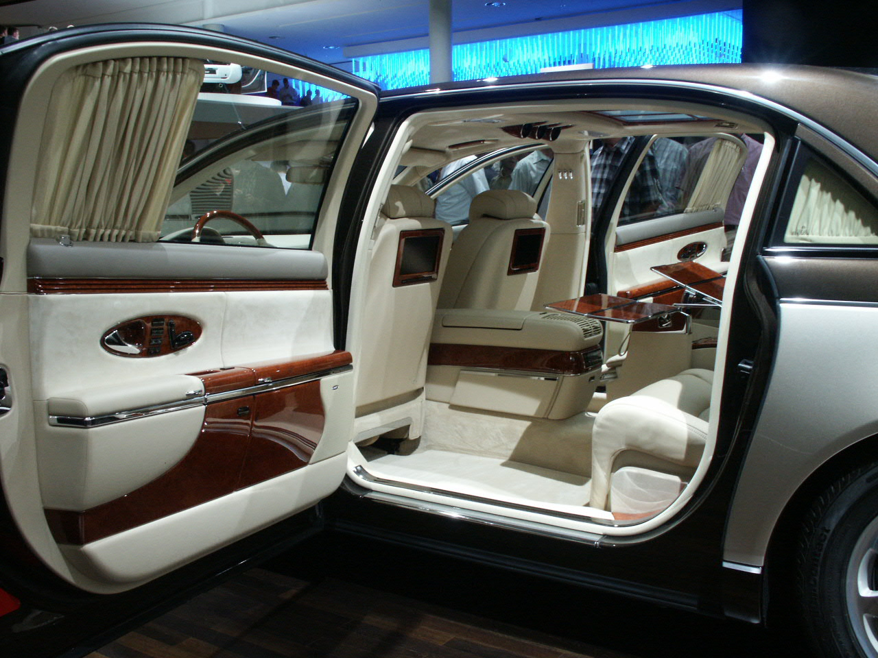 Maybach 62. Author: jurn. Date: 08.03.2012. Views: 3164. Car made in Germany
