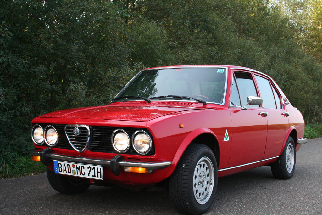 Alfa Romeo Alfetta 18 - huge collection of cars, auto news and reviews,