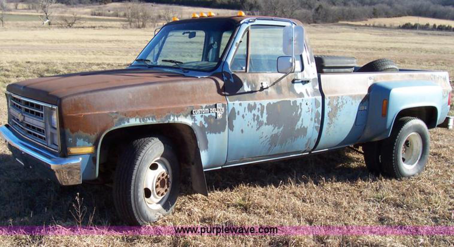 Jpg Chevrolet C Custom Deluxe Pickup Truck Miles On B on Chevy Truck Seat Covers
