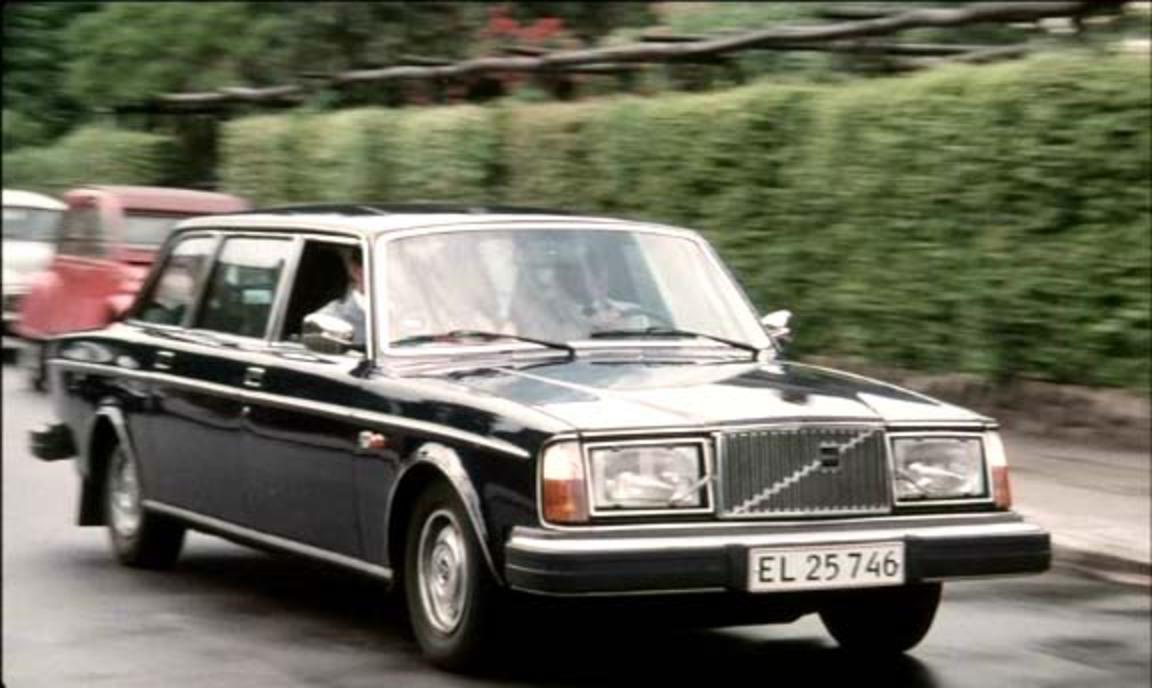 TopWorldAuto >> Photos of Volvo 264 TE - photo galleries