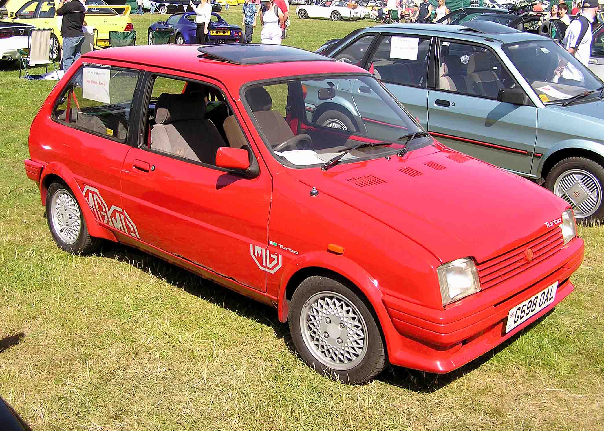 Austin Metro - Tractor & Construction Plant Wiki - The classic ...