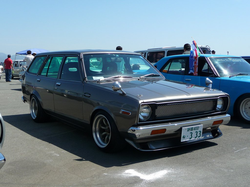 saw this Datsun 120y Wagon on http://ra64freddy.wordpress.com/