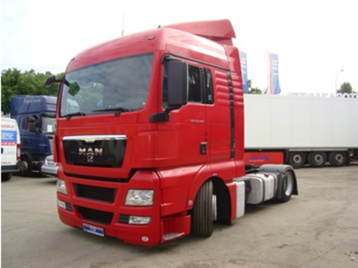 MAN TGX 18,440 4x2 *LOW DECK* tractor unit : Picture 1