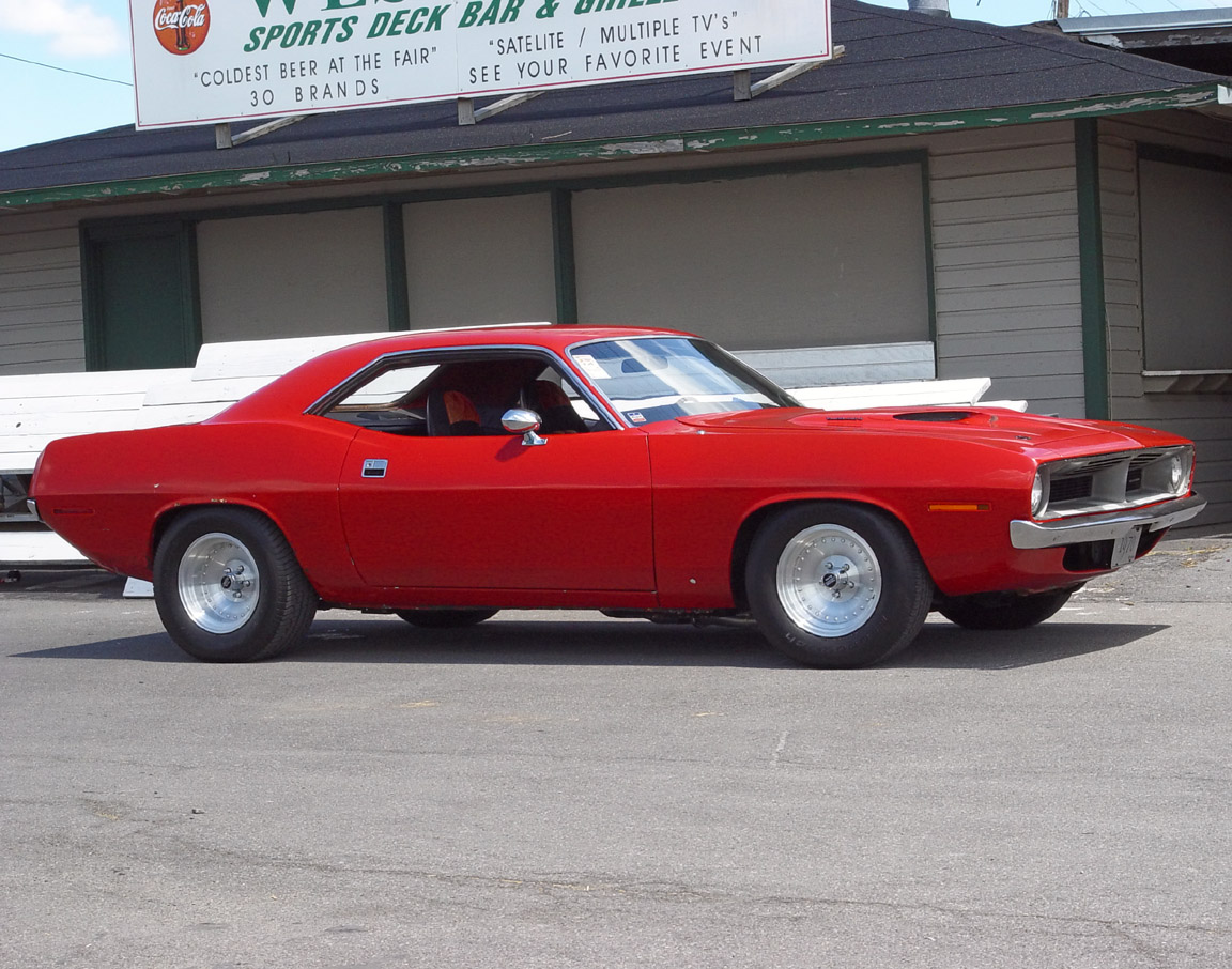 1970 Plymouth Cuda - Red - Side Angle - 1152x864 Wallpaper