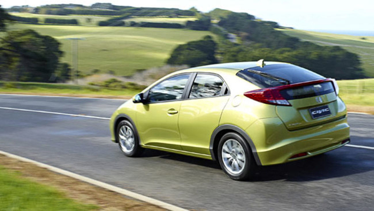 Ewan Kennedy road tests and reviews the new Honda Civic hatch with specs,