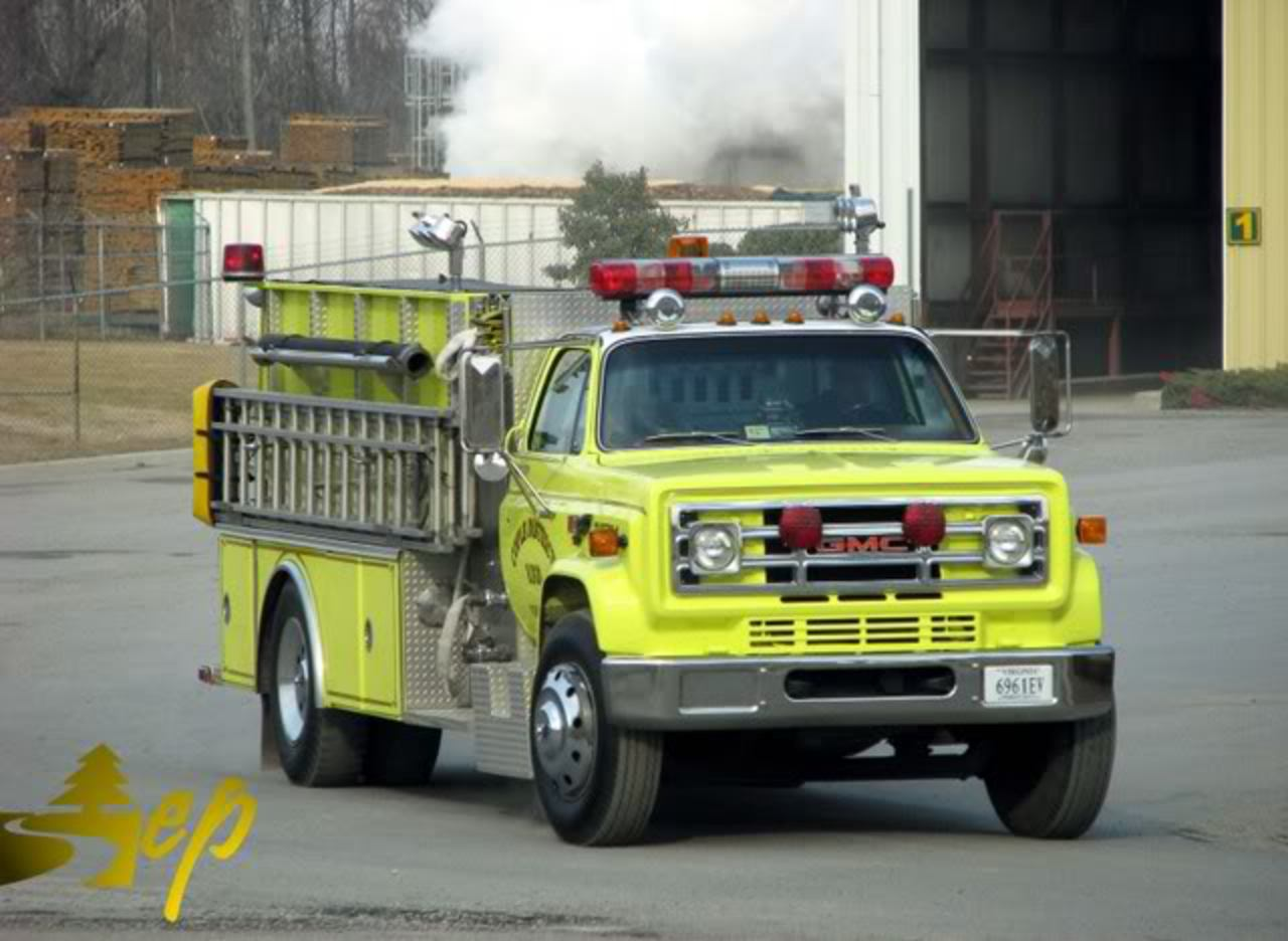 Nice looking GMC Fire Truck. « on: February 14, 2009, 06:10:38 AM »