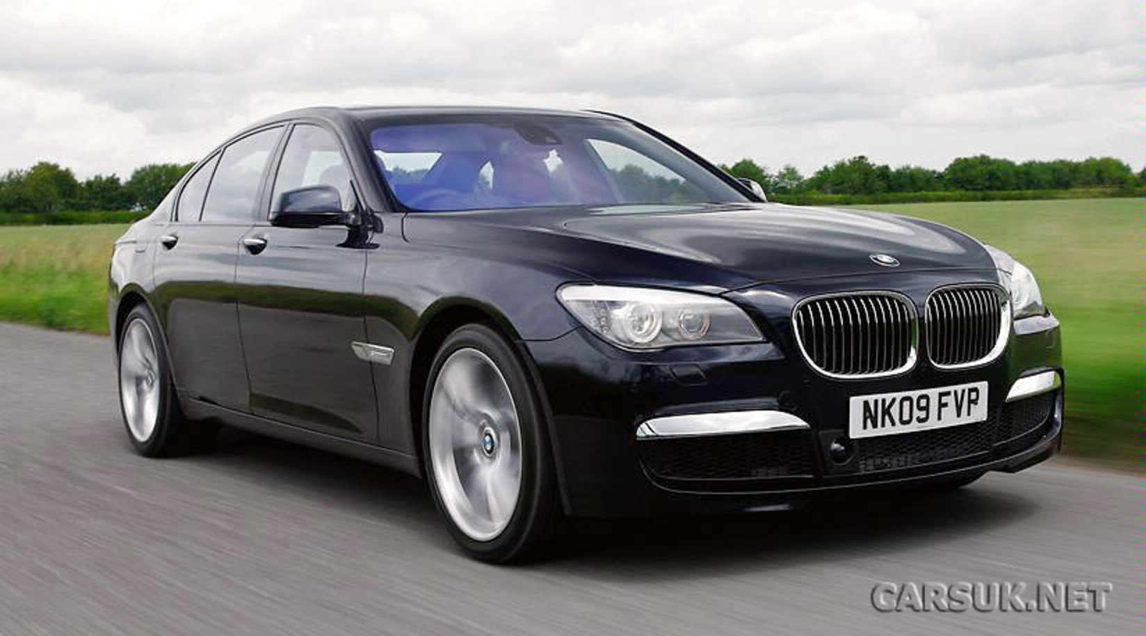 of what the snapper claimed to be a BMW M7. But we weren't convinced.